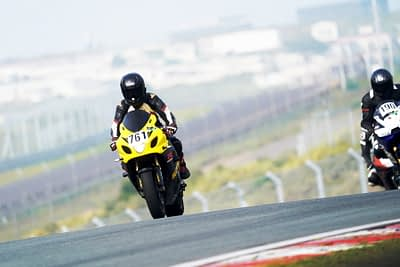 Circuit rijden / circuitrijden / Riding on track